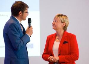 Kemper mit der niedersächsischen Kultusministerin Heiligenstadt